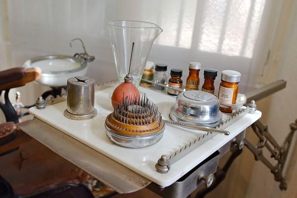 Image d instruments de dentiste.