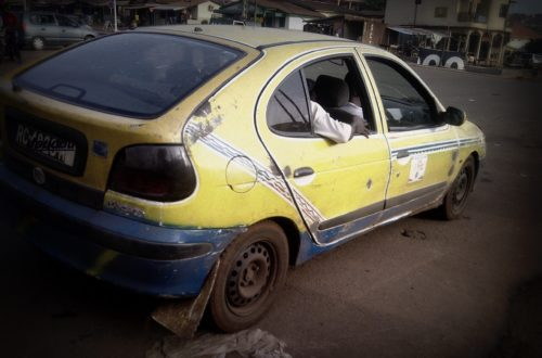 Article : Dans un taxi de Conakry (2)